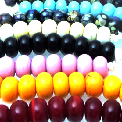 Coloured spacer lampwork glass beads